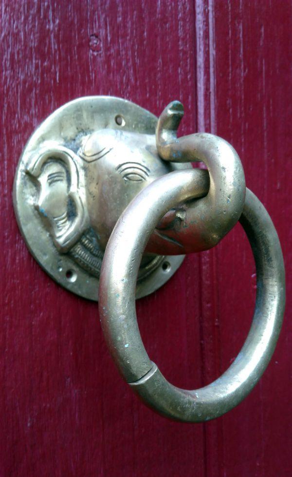 Heurtoir de porte à tête d'éléphant en bronze