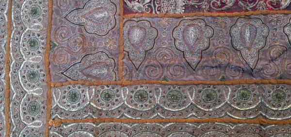 Patchwork de Saris Indiens - Broderies fils métal