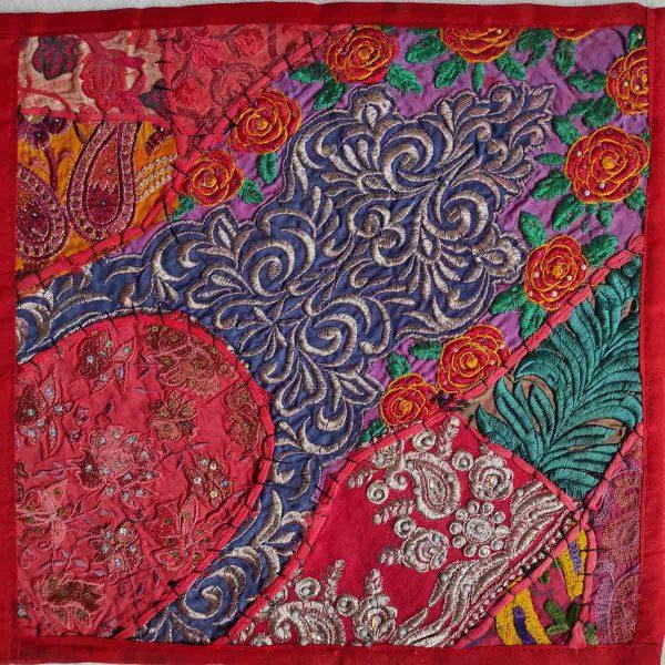 Housse de coussin patchwork saris Indien N01