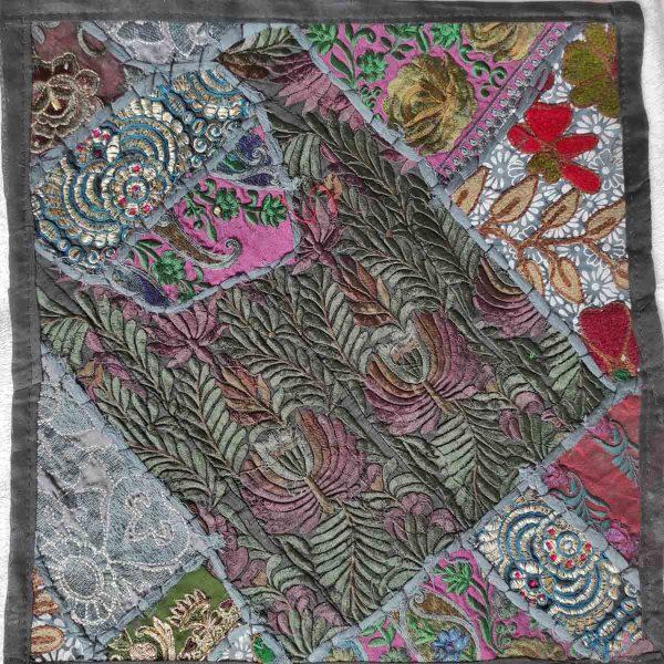 Housse de coussin patchwork saris Indien N04