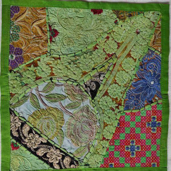 Housse de coussin patchwork saris Indien N05