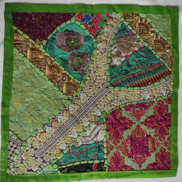 Housse de coussin patchwork saris Indien N06