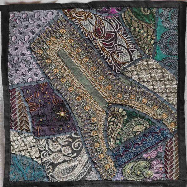 Housse de coussin patchwork saris Indien N08